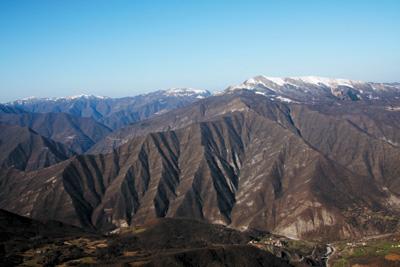 Mid-Eastern peaks