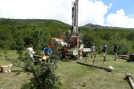 "First results of the ""Peat Bog Project"", the Apennines and the climate change"