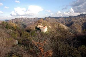 Eremo di Gamogna (archive Parco Vena del Gesso romagnola)