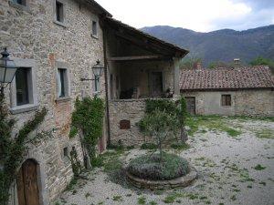 Village of Serignana near Castagno di Andrea (archive Parco nazionale Foreste Casentinesi)