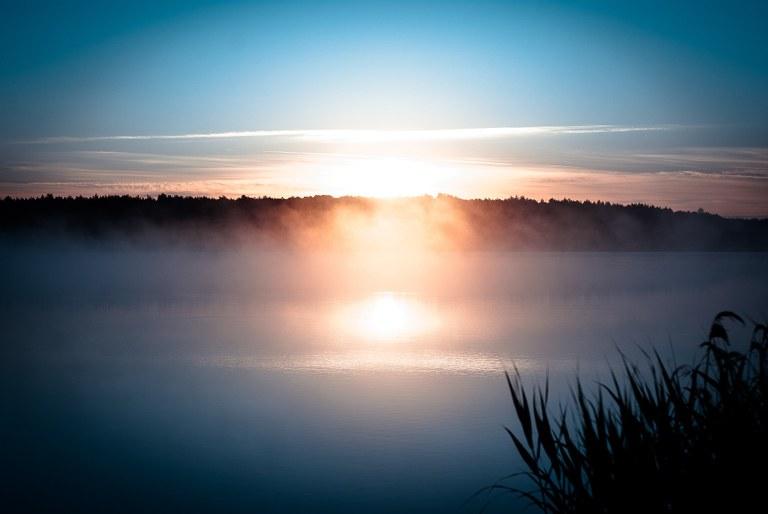 lago al tramonto.jpg