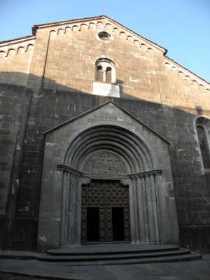 foto: Duomo di Berceto (Autore Antonella Lizzani)