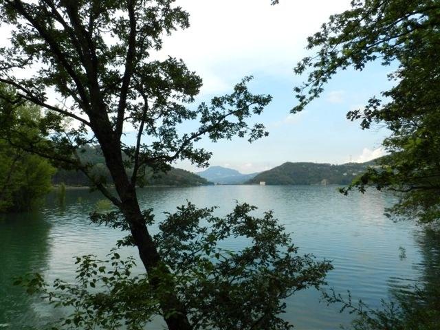foto: Lago di Suviana (Autore Antonella Lizzani)