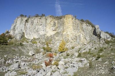 foto: Sasso Simone versante sud dal sentiero 17 (Autore Nevio Agostini)