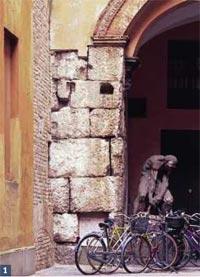 Mura bizantine preromaniche: la prima cerchia (selenite)