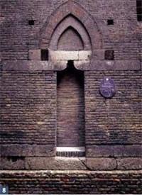 8 Torre degli Uguzzoni