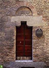 3. Casa-Torre dei Catalani