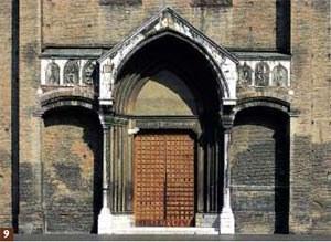 Basilica di San Francesco: il portale monumentale