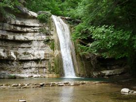 Cascata torrente Lavane - Parco Foreste Casentinesi (autore MV Biondi)