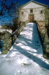 Chiesa di Stagno - autore A.Mauri