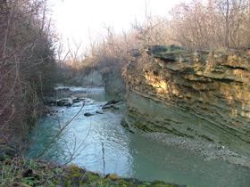 """foto: """"Cascatelle"""" di San Nicomede: qui l'erosione del torrente ha creato un vero e proprio canyon particolarmente suggestivo - Archivio Parco"""